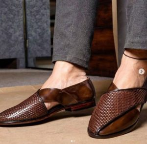 brown leather jutti for men